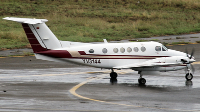 YV3144 - Beechcraft B200 Super King Air - Private