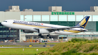 9V-SSB - Airbus A330-343 - Singapore Airlines