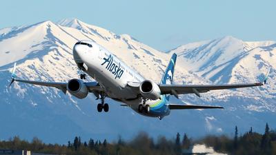 A picture of N266AK - Boeing 737990(ER) - Alaska Airlines - © Jose Mendez