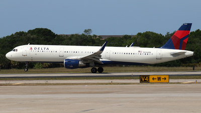 A picture of N346DN - Airbus A321211 - Delta Air Lines - © James Bruno