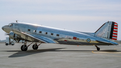 NC41HQ - Douglas DC-3C - Private