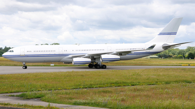 HZ-124 - Airbus A340-211 - Saudi Arabia - Government