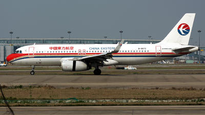 B-9972 - Airbus A320-232 - China Eastern Airlines