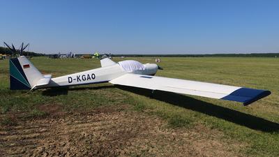 D-KGAO - Scheibe SF.25B Falke - Private