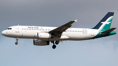 9V-SLJ - Airbus A320-233 - SilkAir