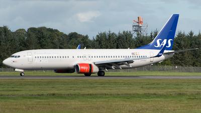 LN-RGF - Boeing 737-86N - Scandinavian Airlines (SAS)