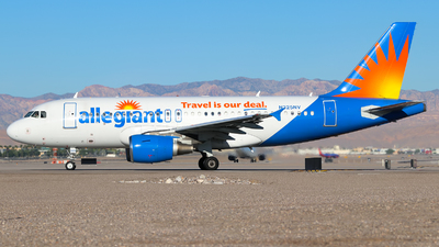 A picture of N325NV - Airbus A319111 - Allegiant Air - © Lars Rohde