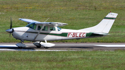 A picture of FBLEC - Cessna 182F Skylane - [18254872] - © bruno muthelet