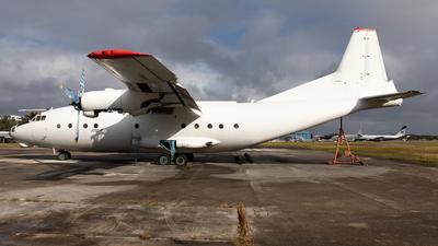 - Antonov An-12B - Aerovis Airlines