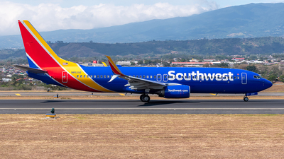 N8529Z - Boeing 737-8H4 - Southwest Airlines
