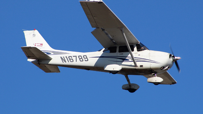 N16789 - Cessna 172S Skyhawk SP - Private