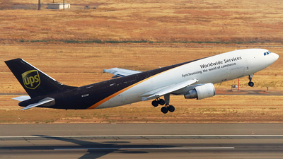 N122UP - Airbus A300F4-622R - United Parcel Service (UPS)