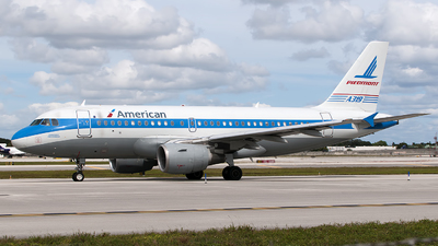N744P - Airbus A319-112 - American Airlines