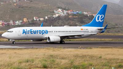 A picture of ECMUZ - Boeing 73785P - Air Europa - © RobertLN