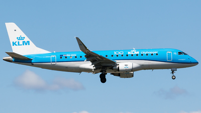 A picture of PHEXU - Embraer E175STD - KLM - © Teemu Pesonen