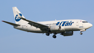 VQ-BJV - Boeing 737-524 - UTair Aviation