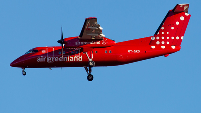 A picture of OYGRO - De Havilland Canada Dash 8200 - Air Greenland - © Severin H.