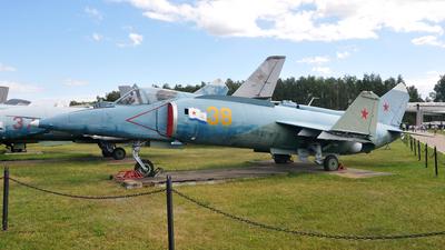 38 - Yakovlev Yak-38 Forger - Yakovlev Design Bureau