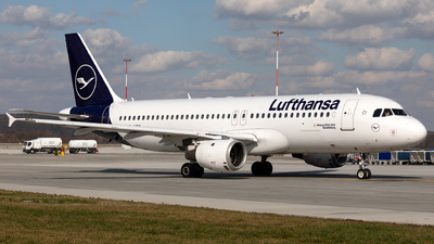 A picture of DAIQS - Airbus A320211 - Lufthansa - © Łukasz Stawiarz