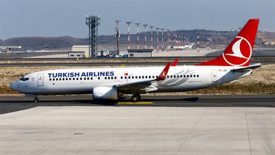 A picture of TCJGI - Boeing 7378F2 - [34407] - © Ömür Sadikoglu