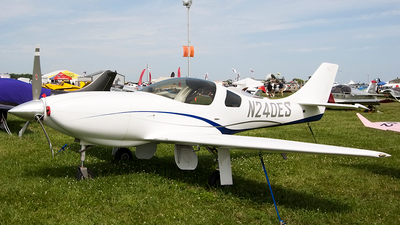 A picture of N240ES - Amateur Lancair Legacy 2000 - [L2K237] - © Jeremy D. Dando