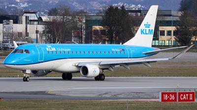 A picture of PHEXJ - Embraer E175STD - KLM - © R.Rimestad