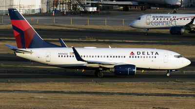 N306DQ - Boeing 737-732 - Delta Air Lines