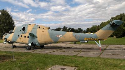 717 - Mil Mi-24V Hind E - Hungary - Air Force