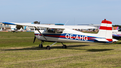 OE-AHG - Cessna 150A - Private