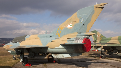 906 - Mikoyan-Gurevich MiG-21UM Mongol B - Hungary - Air Force