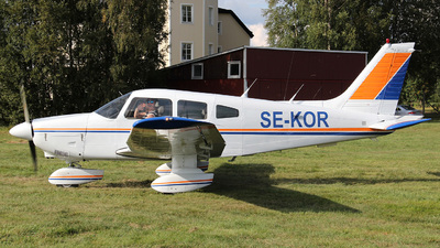SE-KOR - Piper PA-28-181 Archer II - Private