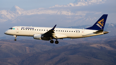 P4-KCJ - Embraer 190-100LR - Air Astana