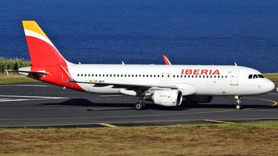 A picture of ECMCS - Airbus A320214 - Iberia - © Antonio Batista