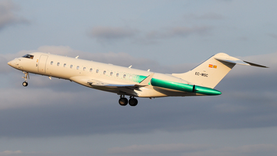 A picture of ECMSC - Bombardier Global 6000 - [9466] - © Luciano Silva