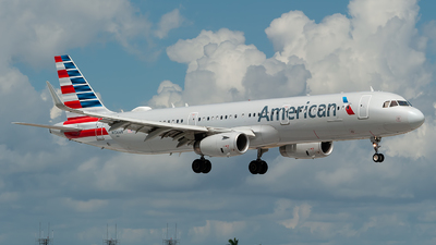 A picture of N156AN - Airbus A321231 - American Airlines - © Mark Lawrence