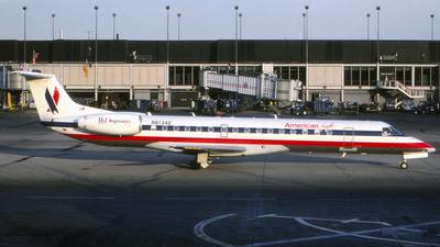 N613AE - Embraer ERJ-145LR - American Eagle