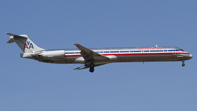 N7541A - McDonnell Douglas MD-82 - American Airlines