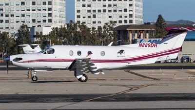 A picture of N889DH - Pilatus PC12/45 - [298] - © Alex Crail