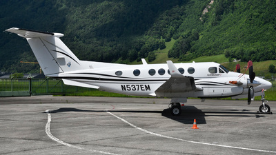 N537EM - Beech B200 Super King Air - Private