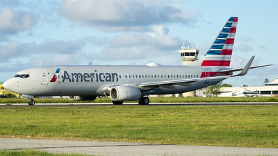 A picture of N880NN - Boeing 737823 - American Airlines - © Che Stuart