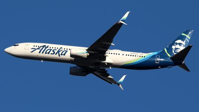 A picture of N290AK - Boeing 737990(ER) - Alaska Airlines - © Huy Do