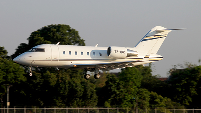 T7-IDR - Bombardier CL-600-2B16 Challenger 605 - Private