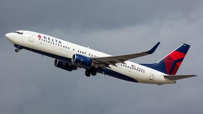 N394DA - Boeing 737-832 - Delta Air Lines