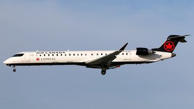 C-GJZT - Bombardier CRJ-900LR - Air Canada Express (Jazz Aviation)