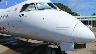 A picture of 8QIAO - De Havilland Canada Dash 8300 - Maldivian - © RuiQi Liang