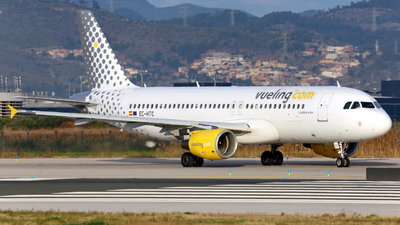 EC-HTC - Airbus A320-214 - Vueling