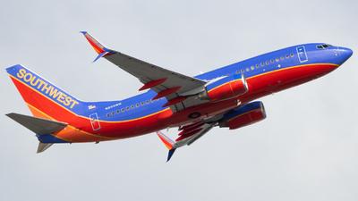 A picture of N253WN - Boeing 7377H4 - Southwest Airlines - © Marcos Perez Sanchez