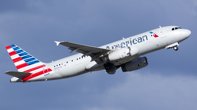 A picture of N604AW - Airbus A320232 - American Airlines - © Michael Rodeback