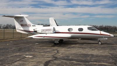 N68LU - Gates Learjet 24 - Lewis University