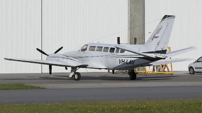 VH-LAV - Cessna 404 Titan - Aerologistics